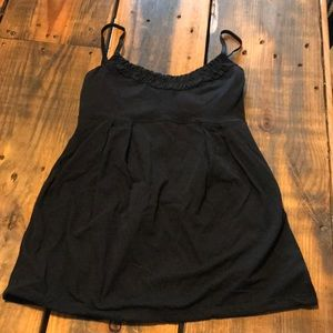 Size 6 lululemon work out tank!
